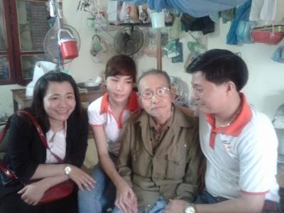 Hoài Linh, Chí Tài biểu diễn gây quỹ từ thiện tại Nghệ An