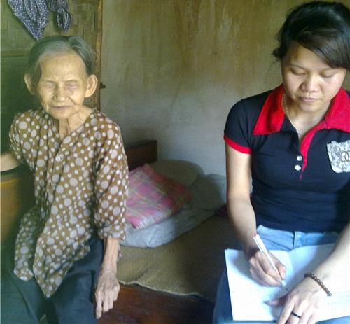 Xót xa hoàn cảnh cụ già 82 tuổi cô đơn, mù lòa