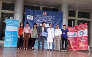 Chương trình phát sữa miễn phí tại Bệnh viện đa khoa tỉnh Ninh Bình và Trung tâm bảo trợ xã hội tỉnh