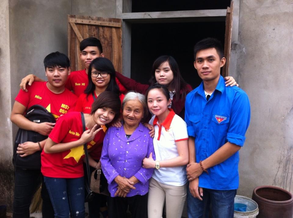CLB tình nguyện viên - chi nhánh Quỹ chăm sóc người cao tuổi cô đơn
